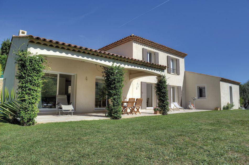 Construction maisons aix en provence construction villa for Maison des agriculteurs aix en provence